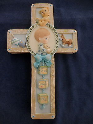 PRECIOUS MOMENTS BABY CROSS JESUS LOVES ME BLUE BOY 1999 last time