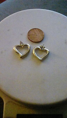 Sterling silver heart stud earrings - 5g