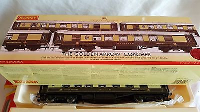 Hornby R4196 The Golden Arrow Coach Pack New Unused Mint