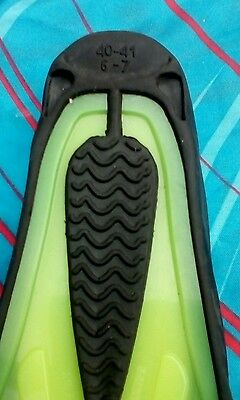 Among Egypt Fins Flippers Size 6-7 Closed Heel scuba diving snorkeling
