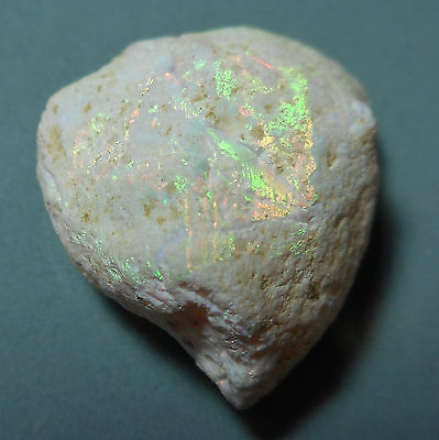 Opale blanche d'Ethiopie brute 9.75ct VIDEO Natural Ice opal  Ethiopienne Shewa