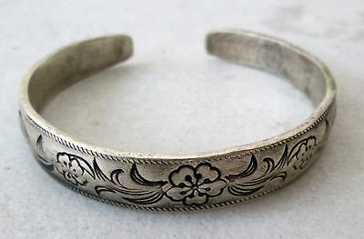 Old Hmong Hill Tribe Unisex Adjustable Silver Bracelet Floral Design