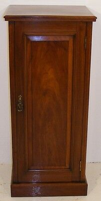 Good Quality Antique 19Th Century Walnut Tall Cabinet Cupboard