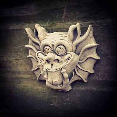 Stoneware Outdoor Garden Statues Ornament Sculpture Gargoyle Devil Wall Plaque