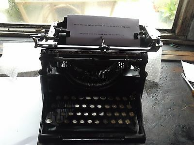 Underwood Manual Typewriter Model  ( 3 ) One Hundred And Ten Years Old,