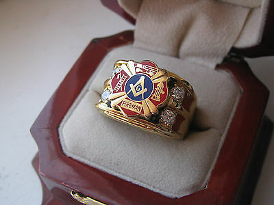 """Superb NEW! Gold Mens """"Masons Firefighters"""" Crest Ring *"""