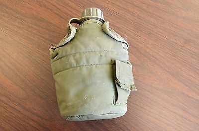 Vintage US Army Zarn 1983 OD Plastic Canteen and Nylon Cover