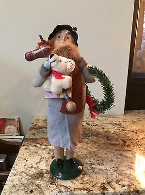 Byers Choice The Carolers Bearded Man With Toys 1995
