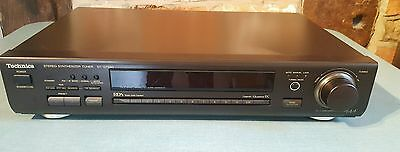 Technics Stereo Synthesiser Tuner st-gt650