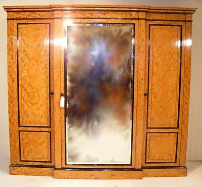 Good Quality Antique 19Th Century Large Maple Breakront Wardrobe