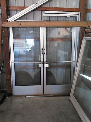 Aluminum commercial store entry doors