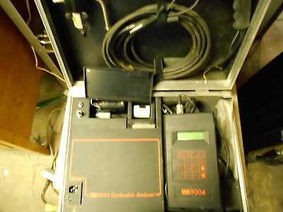 Kane May KM 9004  Combustion Analyzer Kit w/ Carrying Case