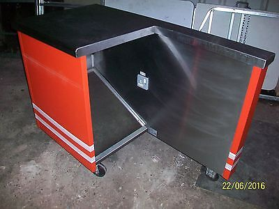Stainless steel till counter