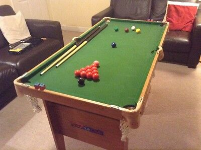Child's Snooker / Pool table Folding