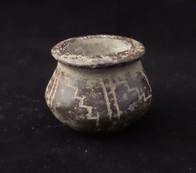 Beautiful Antique Ancient Mayan Miniature Vessel With Decor - 12th Century AD