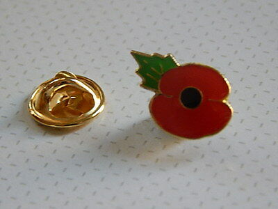 Poppy Lapel Badge - Leaf at 11am