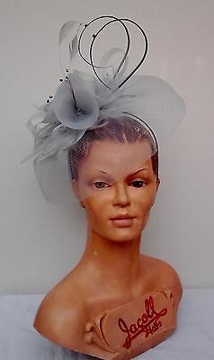 Ladies Whiteley/Maddox Pearl Fascinator, Wedding/Races/Mother of the Bride.