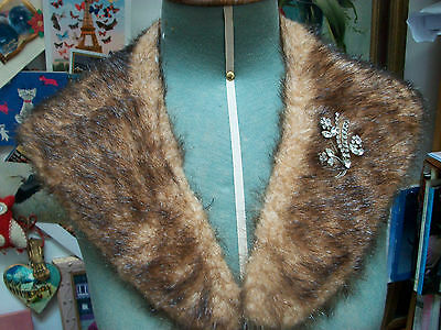 Vintage faux fur stole tippet scarf wrap and vintage brooch, very good condition