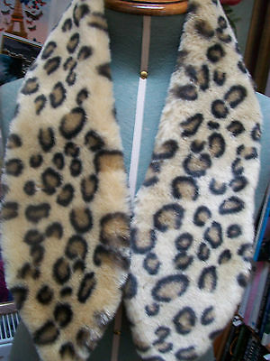 Vintage 1960s faux fur leopard print tippet scarf, very good condition