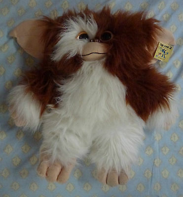 """Gismo Is A Mogwai From The Film Called """"gremlins 2"""" Plush Toy"""