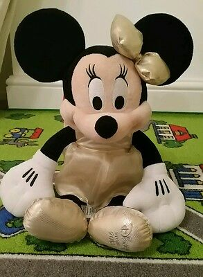 Large minnie mouse soft toy / plush / toy