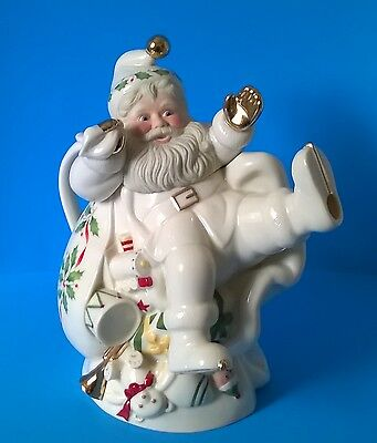 Lenox Holiday Santa Collection 10 Inch Teapot Christmas Off White Gold Porcelain