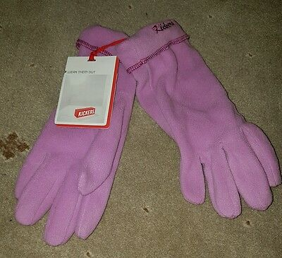 kickers pink gloves. New with tags