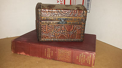 The Harper Edition of Shakespear's Works XX Hardback With Chest Decor