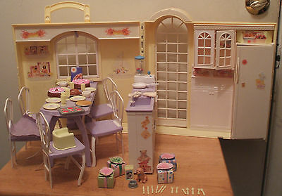 Barbie Happy Family Grandma's Kitchen-Mostly Complete!