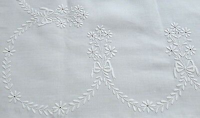 Victorian Broderie Anglaise Linen Bedspread  Heavy White on White - 4 Poster Bed
