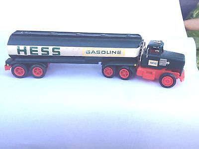 Nice! Vintage 1977 1978? Hess Tanker Toy Truck great for restorarion or parts...