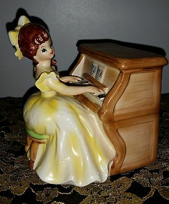 Vintage Lefton Music Box Figurine Girl Playing Piano w/ label made in Japan