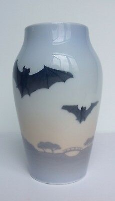 Royal Copenhagen Rare Art Nouveau Vase With Bats, 225/88B, Excellent Condition
