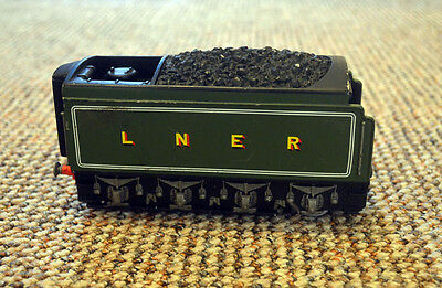 Vintage LNER Clay Train Model Display Item