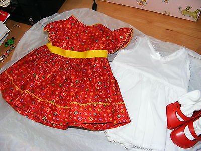 "Lovely dress set for 22"" Pedigree Hard Plastic doll"