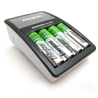 Energizer Accu Recharge Maxi AA-AAA battery charger With 4x AA 1300mAh Batteries