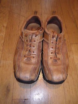 Mens Clarks Active Air shoes size 7.5 (may fit an 8)