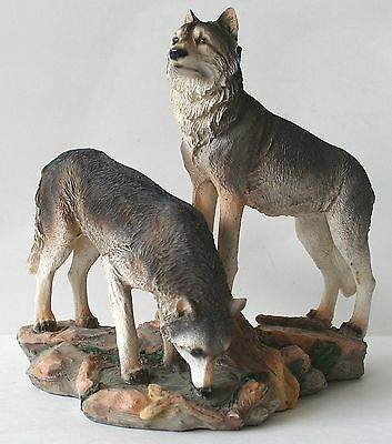 """WOLF Figurine Wolves on Rocks 9"""" x 9"""" Resin NEW !!"""