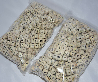 RANDOM Wooden Letters Beads Natural Wooden Alphabet Cube Beads / Craft Tool