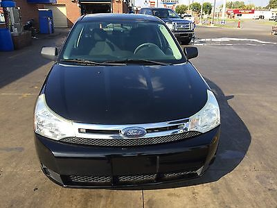 2009 Ford Focus SE ford focus se runs very good has a good engine & transmission low mileage clean