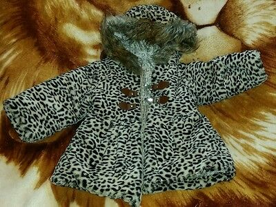 Beautiful leopard print fluffy coat for girl 3 to 4 years old.