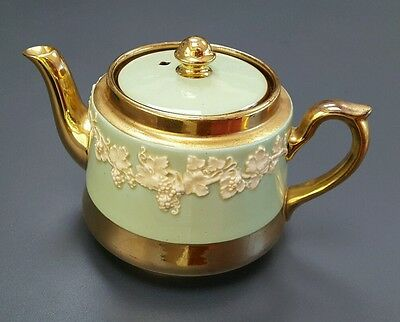 *only $14.99* Gibsons Teapot England Copper Luster Green & White Pottery