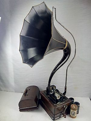 Edison Standard D 2/4 Minutes Phonograph & Cygnet Horn Cylinder Record Player