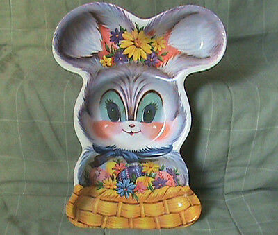 """13"""" X 10"""" Vintage Plastic Easter Bunny Tray"""