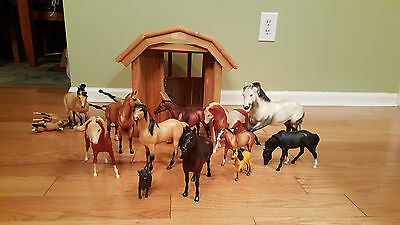 Large Wood Stable with many Breyer Horses Bigger Sizes
