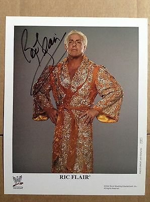 WWE Ric Flair The Nature Boy Genuine signed photo 10 x 8 - Autograph with COA