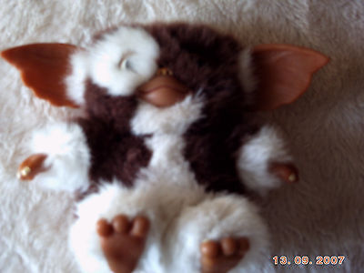Gizmo from Gremlins movie soft toy