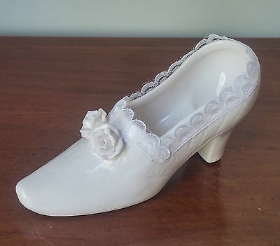Collectable White China & Lace Shoe Ornament Wedding To Her Prince Cinderella