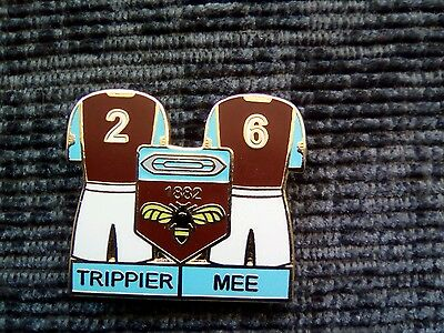 Burnley FC double player pin badge