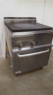 Gas Solid Top Range with Oven